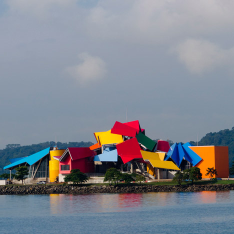 Biomuseo-Frank-Gehry