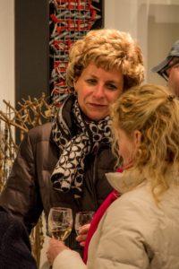 Jana Reenders and shoppers